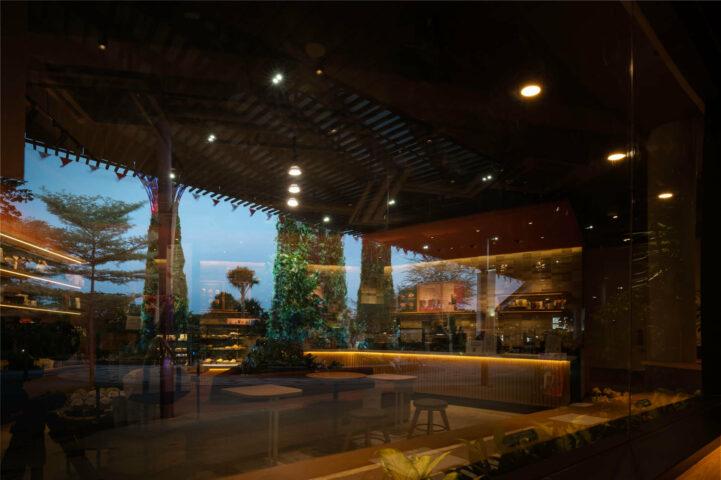starbucks-singapore-new-gardens-by-the-bay