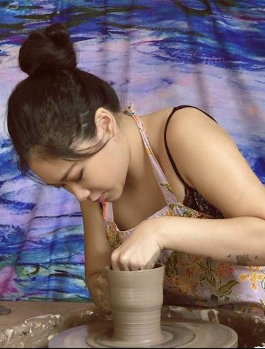 body-image-dawn-kwan-potter-clay