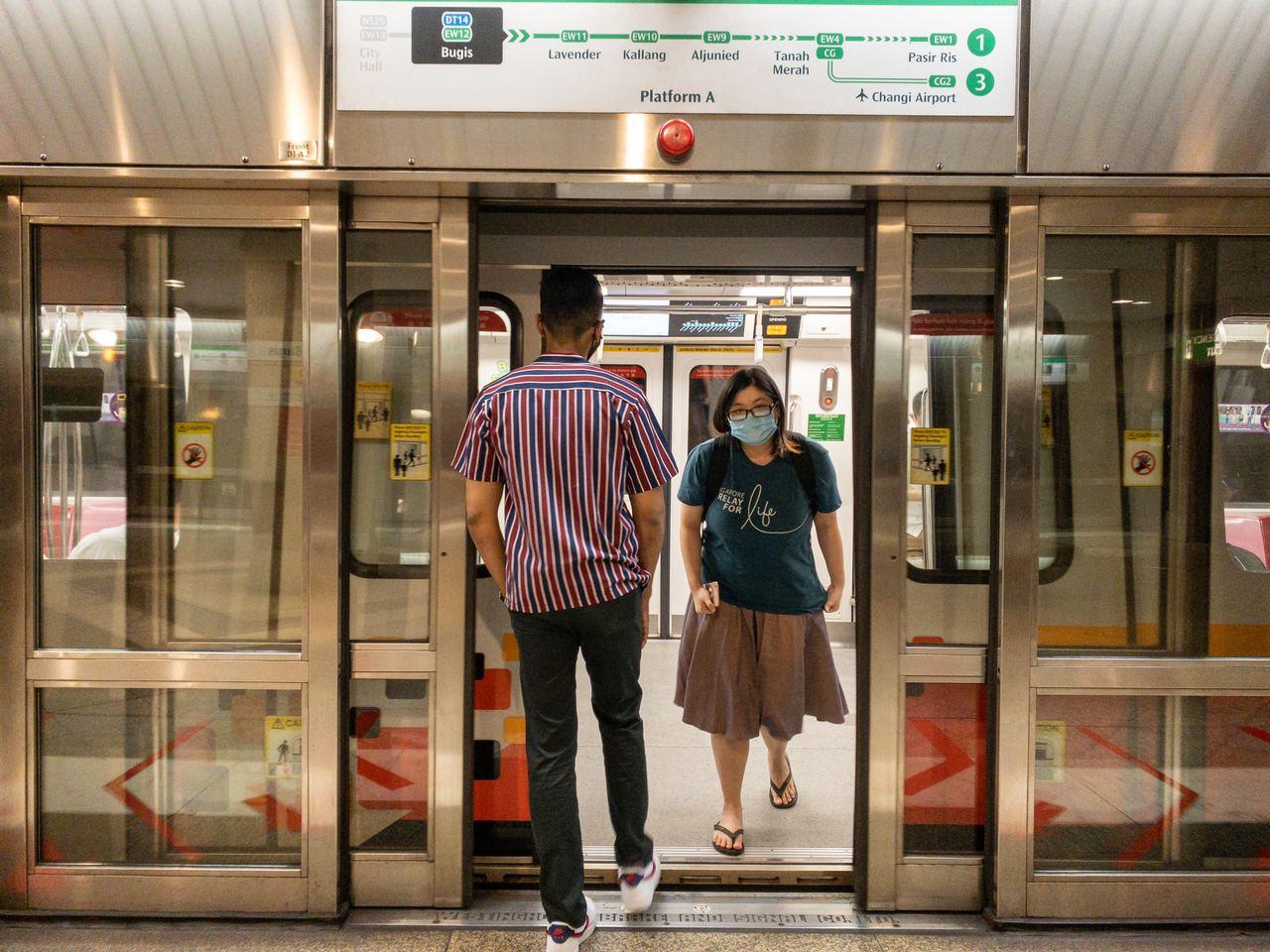 singapore-circuit-breaker-heightened-alert