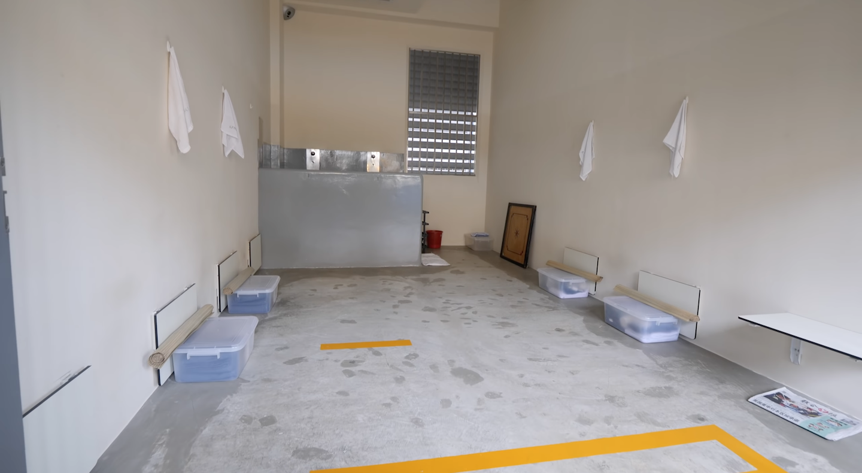 singapore-prison-cell