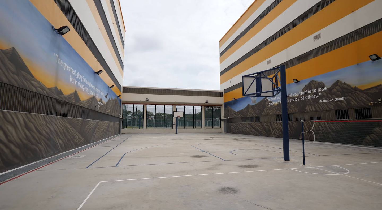 singapore-prison-outdoor-yard
