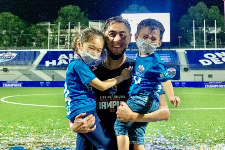 Gabriel Quak Lion City Sailors with kids